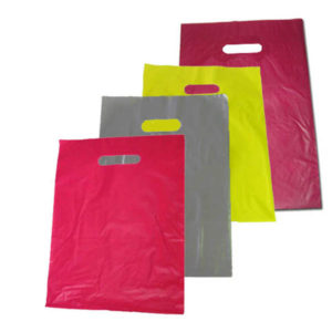 Bolsa de plástico asa troquel 25 x 35 cm