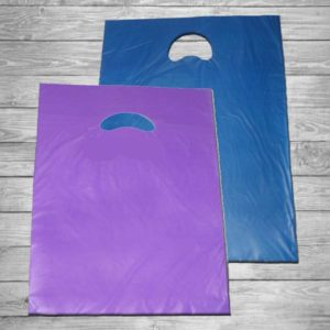 Bolsa de plástico asa troquel 40 x 50 cm