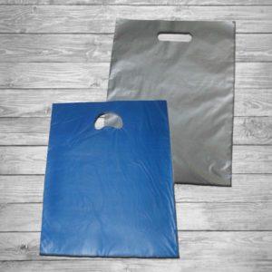 Bolsa de plástico asa troquel 30 x 40 cm